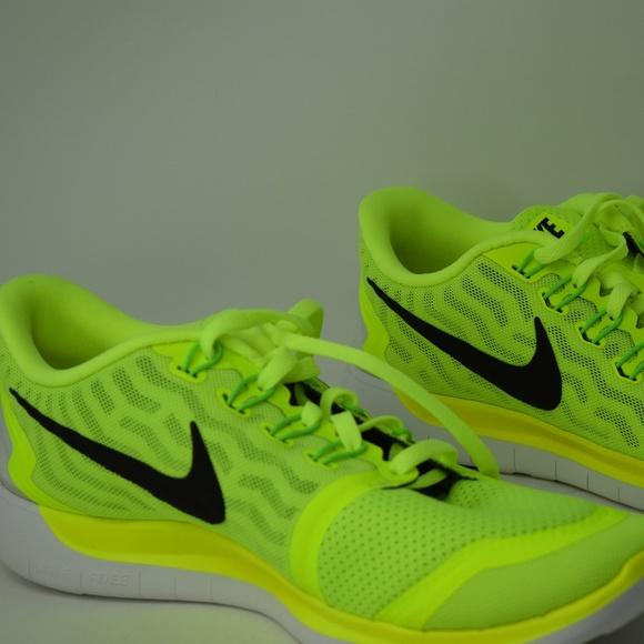 1085a12d8f1aaa Nike 5.0 2015 Mens Running Shoes Volt 724382-700